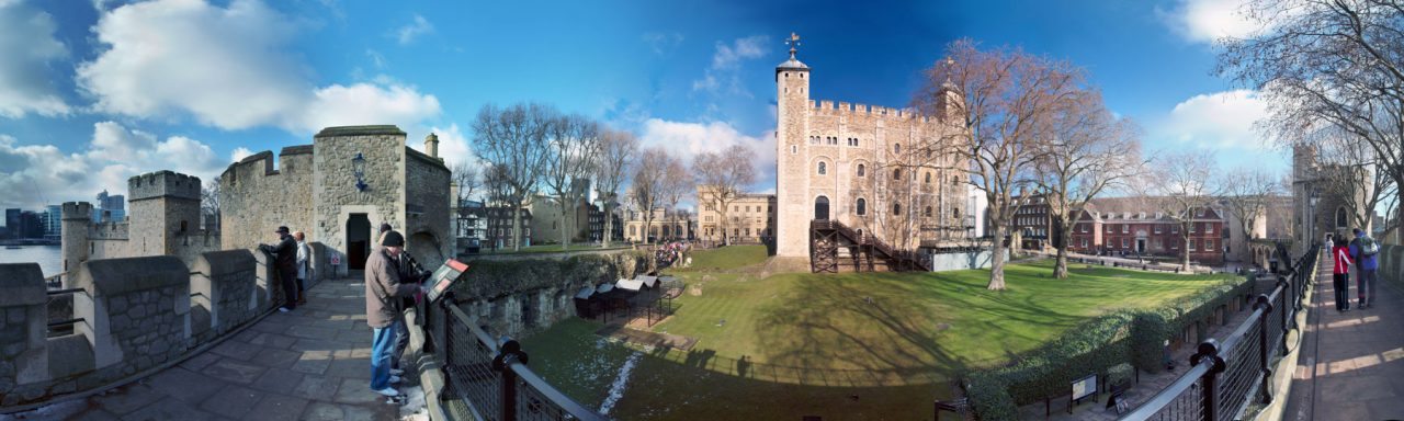 """Interior of the innermost ward. Right of centre is the 11th-century White Tower; the structure at the end of the walkway to the left is Wakefield Tower. Beyond that can be seen Traitors' Gate. (Photo: Matthias Kabel <a href=""""https://creativecommons.org/licenses/by-sa/3.0"""" rel=""""nofollow"""">CC BY-SA 3.0</a>)"""