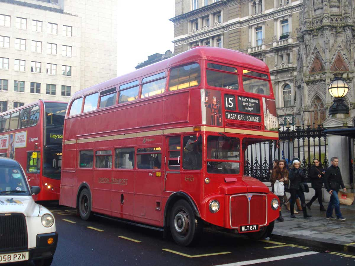Routemaster bus on route 15H in London