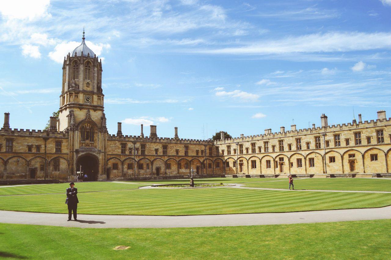 Christ Church College in Oxford, Oxfordshire (Photo by delfi de la Rua on Unsplash)