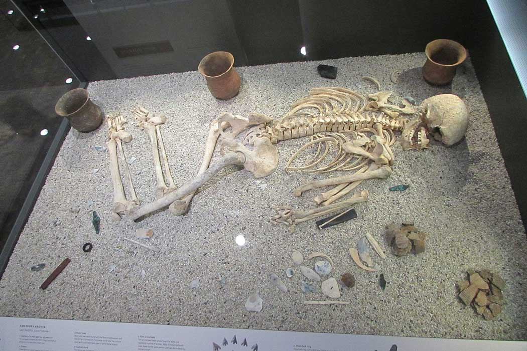 The Amesbury Archer was discovered in 2002 in Amesbury near Stonehenge and his grave contained the earliest gold artefacts ever found in England. (Photo: Richard Avery [CC BY-SA 4.0])
