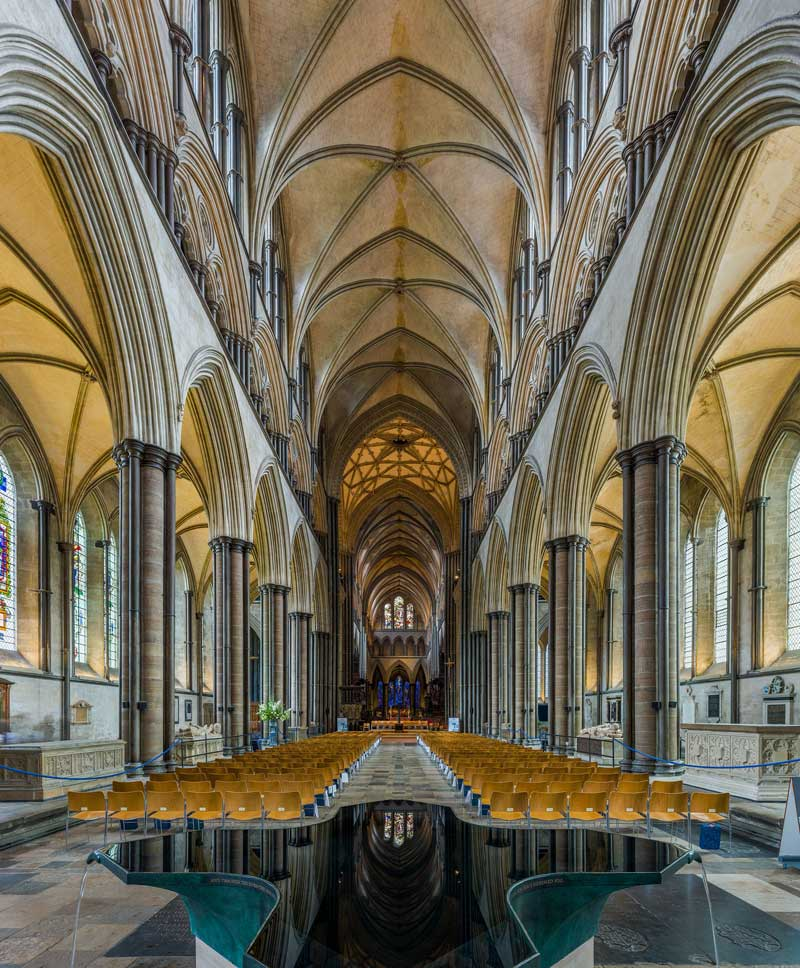 The cathedral is noted for its unusually tall and narrow nave. (Photo by David Iliff. Licence: [CC BY-SA 3.0])