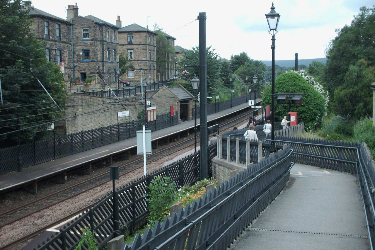 Saltaire railway station in Saltaire, West Yorkshire (Photo: Ian Kirk [CC BY-SA 2.5])
