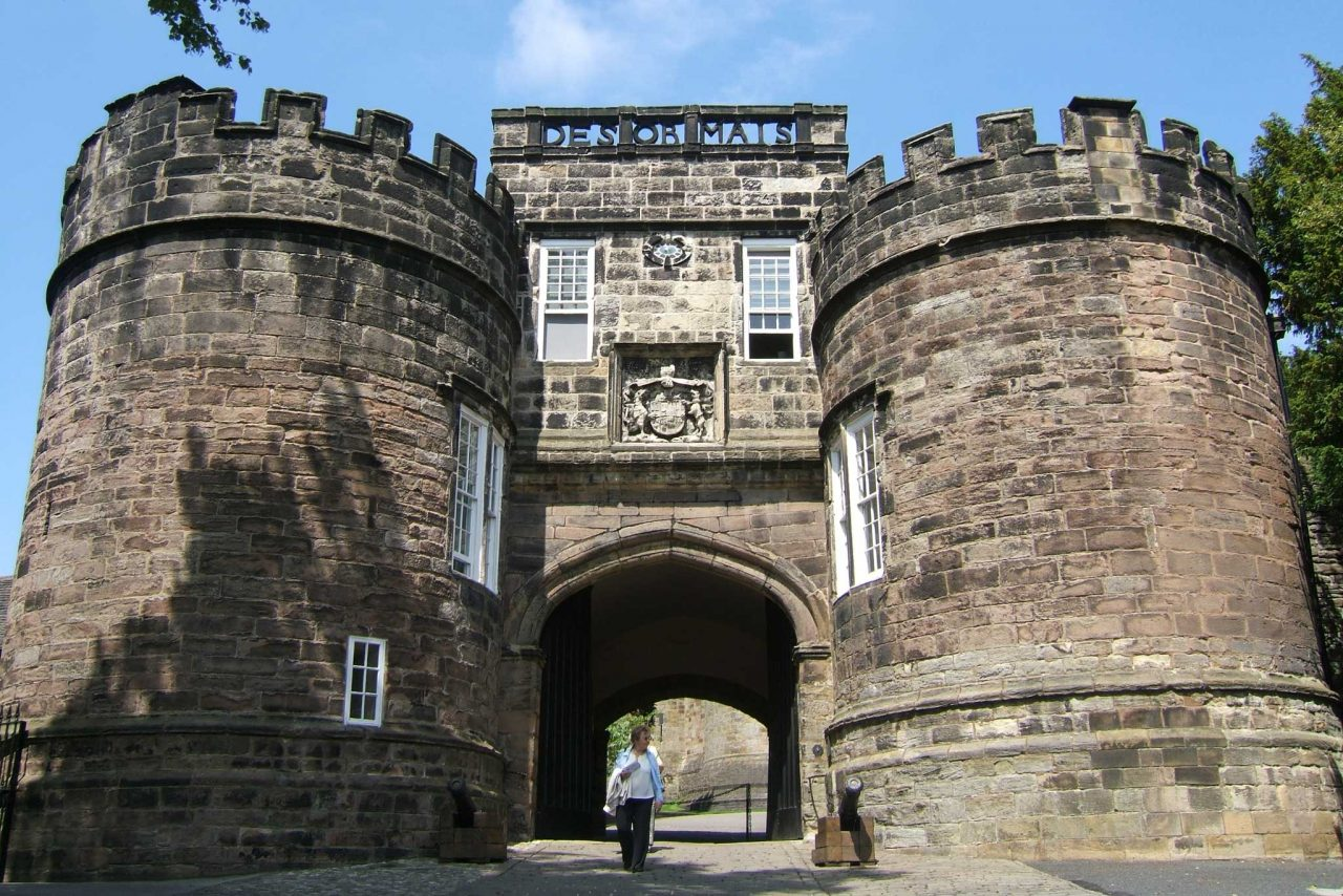 The main gate of Skipton Castle in Skipton, North Yorkshire (Photo: Andy Hay [CC BY-SA 2.0])