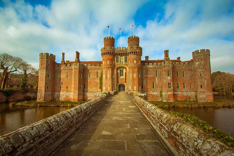 https://englandrover.com/wp-content/uploads/2018/10/herstmonceux-east-sussex.jpg