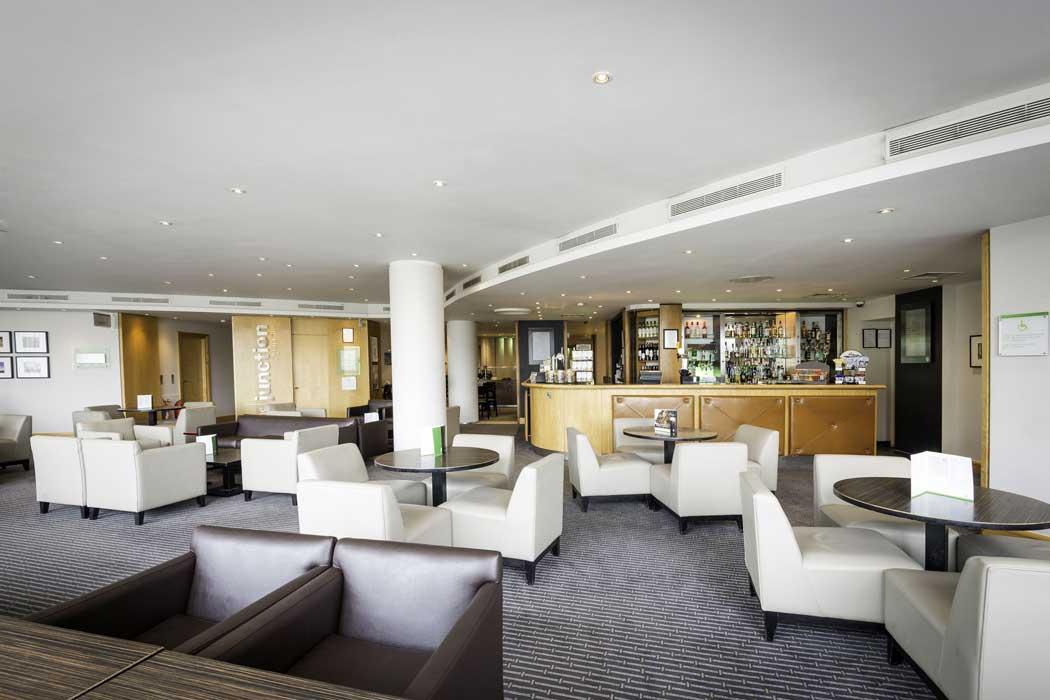 The hotel's lounge bar. (Photo: IHG)