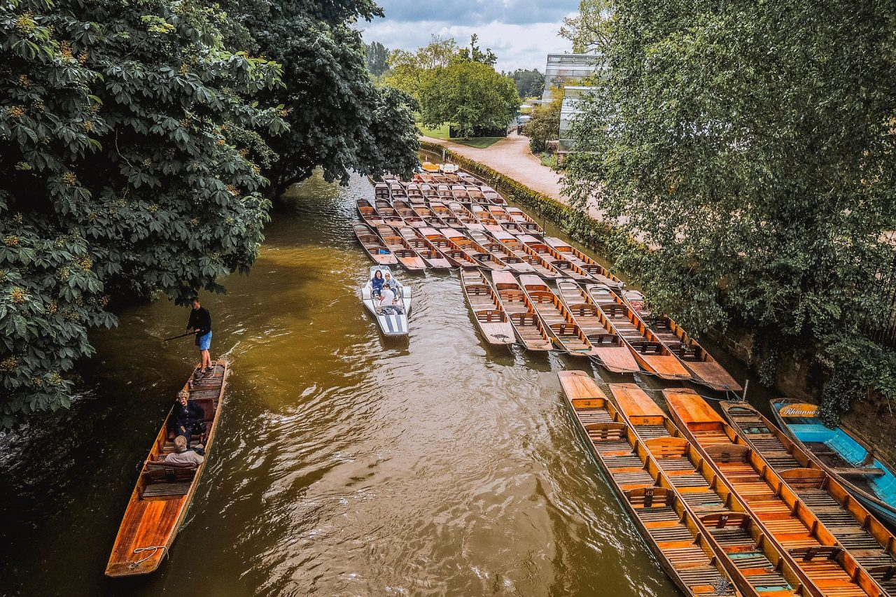 https://englandrover.com/wp-content/uploads/2018/10/punting-oxford-1280x853.jpg