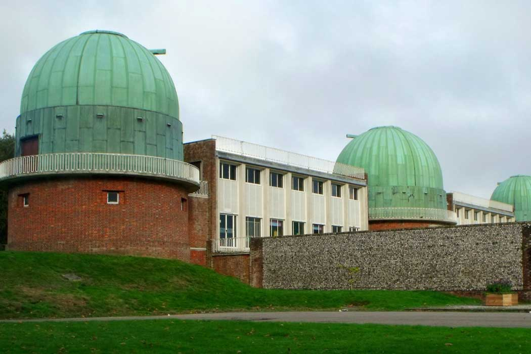 The Observatory Science Centre on the grounds of Herstmonceux Castle in East Sussex (Photo: Nick MacNeill [CC BY-SA 2.0])