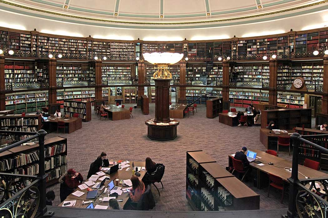 The Picton Reading Room opened in 1879 it was the first electrically lit library in the United Kingdom. (Photo: Rodhullandemu [CC BY-SA 4.0])
