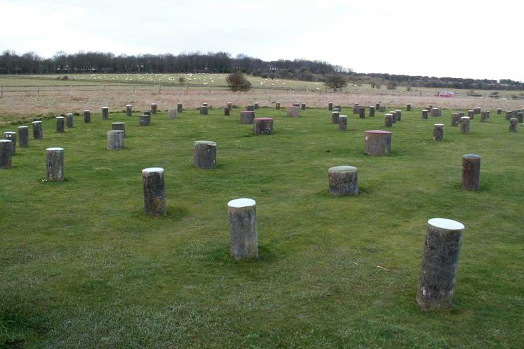 Woodhenge is a Neolithic site that is close to Amesbury and Stonehenge (Photo: [CC BY-SA 3.0], from Wikimedia Commons)