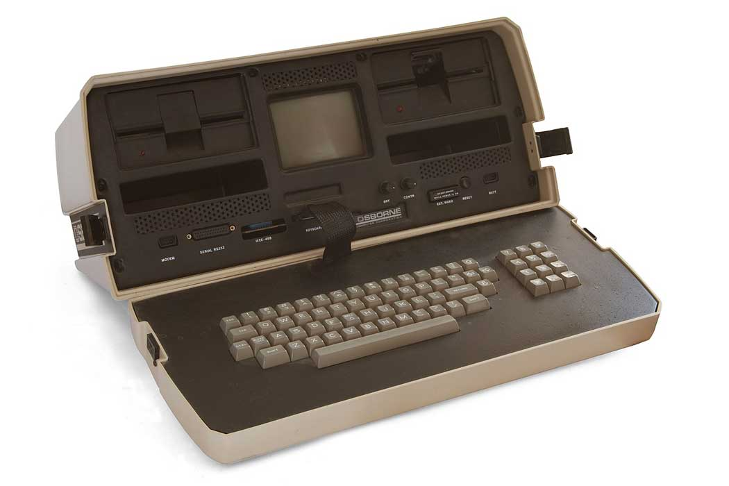 The museum's exhibits include the Osbourne, the original portable computer weighing almost 10 times more than a MacBook and coming complete with a tiny three-inch screen. (Photo: Bilby [CC BY-SA 3.0])