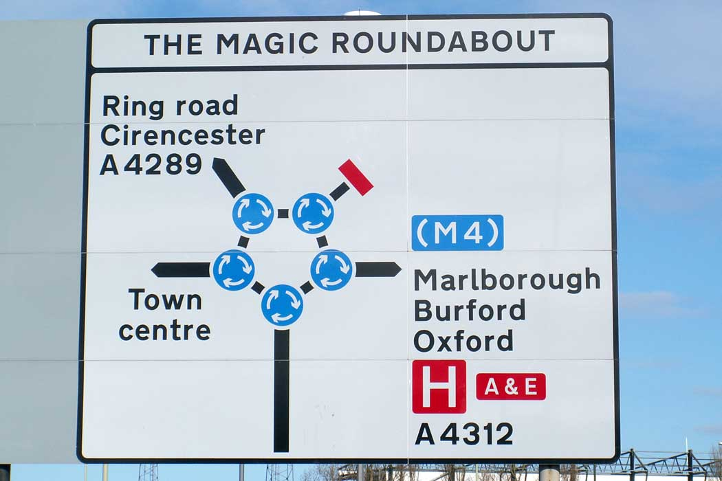 The sign on the B4289 at the southern approach to the Magic Roundabout. It is not quite as daunting as long as you if you think of it more like a mini-ring road with a small roundabout at each junction.