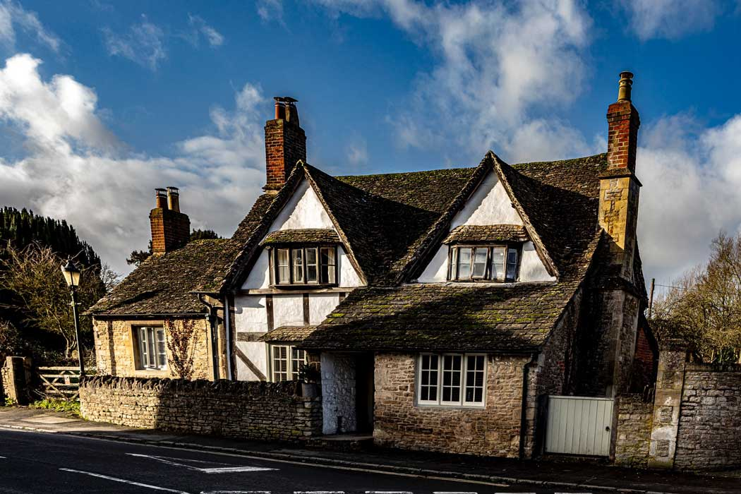 Most of the houses in Lacock village (which is owned and operated by the National Trust) date from the 18th century or earlier. (Photo: Hulki Okan Tabak on Unsplash)