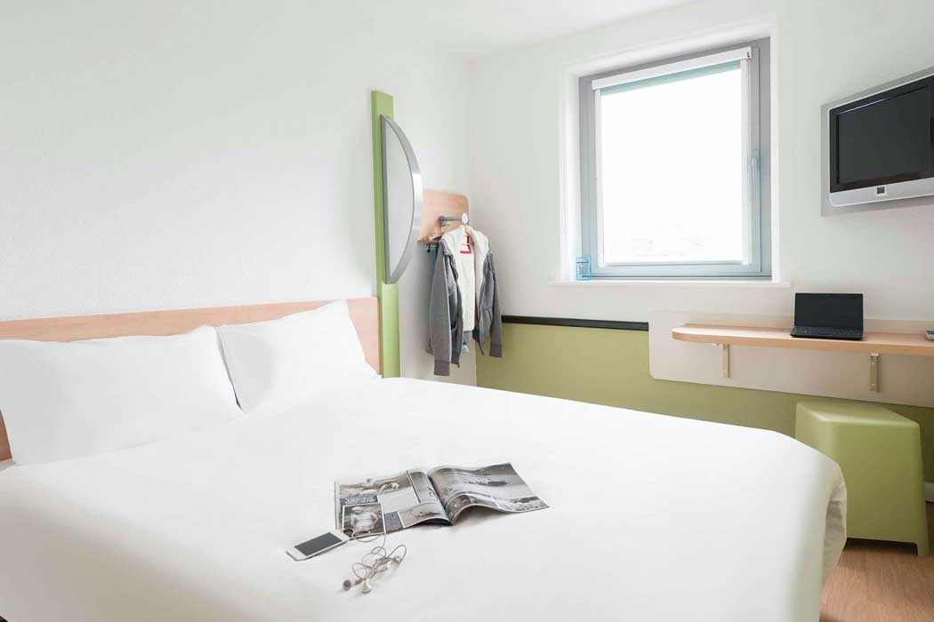 A guest room at the ibis budget Bradford hotel. (Photo: ALL – Accor Live Limitless)