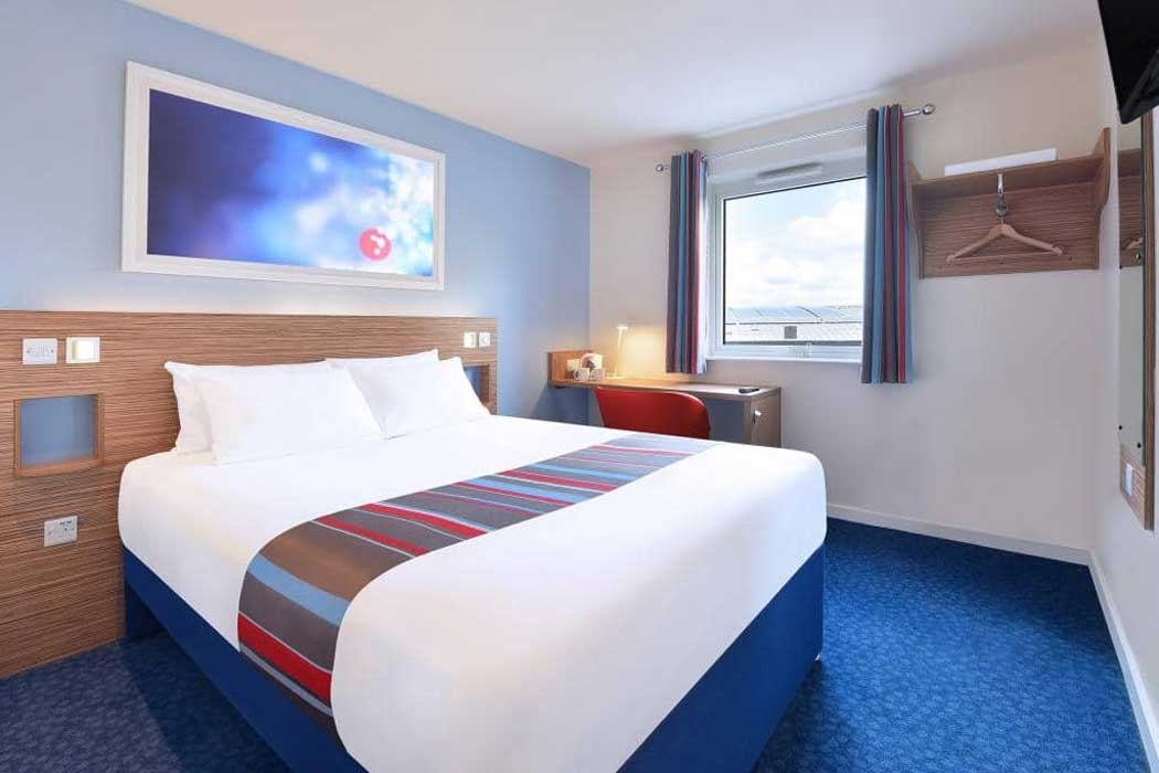 A double room at the Travelodge Bradford Central hotel. (Photo © Travelodge)